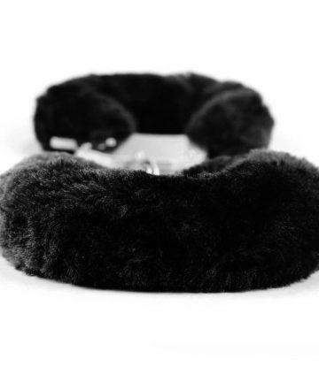 Белезници с черен плюш - Fetish Pleasure Fluffy Hand Cuffs — 2